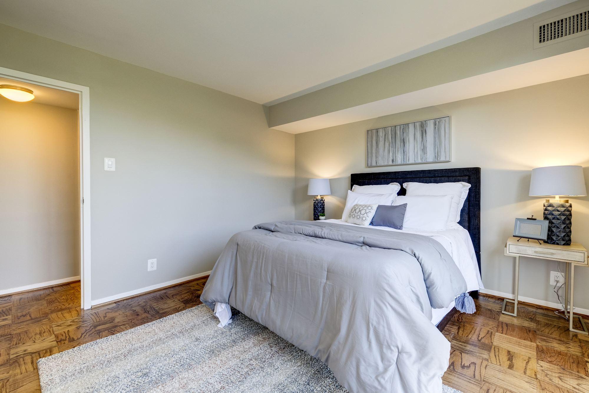 9039 Sligo Creek Parkway,silver Spring,Maryland 20901,2 Bedrooms Bedrooms,1 BathroomBathrooms,Condominium,Parkside Plaza,Sligo Creek Parkway,7,1042