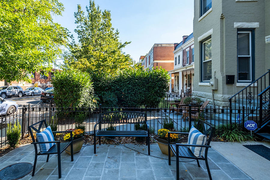 2238 11th Street NW,Washington,District Of Columbia 20001,2 Bedrooms Bedrooms,2 BathroomsBathrooms,Condominium,The Trillium,11th Street,1043